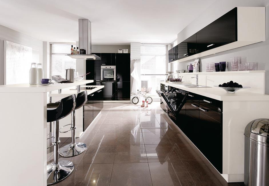 zweizeilige k che optimale l sung in 4 eckigen r umen. Black Bedroom Furniture Sets. Home Design Ideas