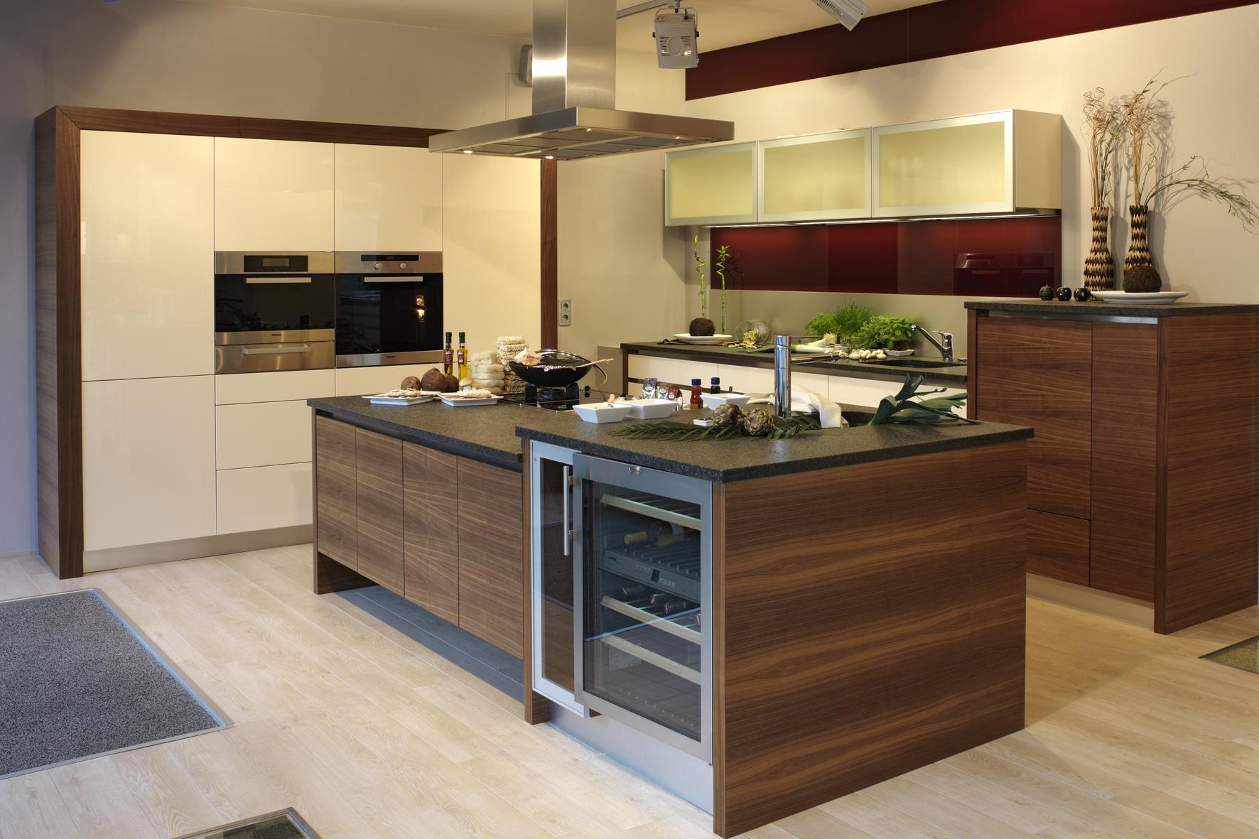 traumk che g nstig dekoration inspiration innenraum und. Black Bedroom Furniture Sets. Home Design Ideas
