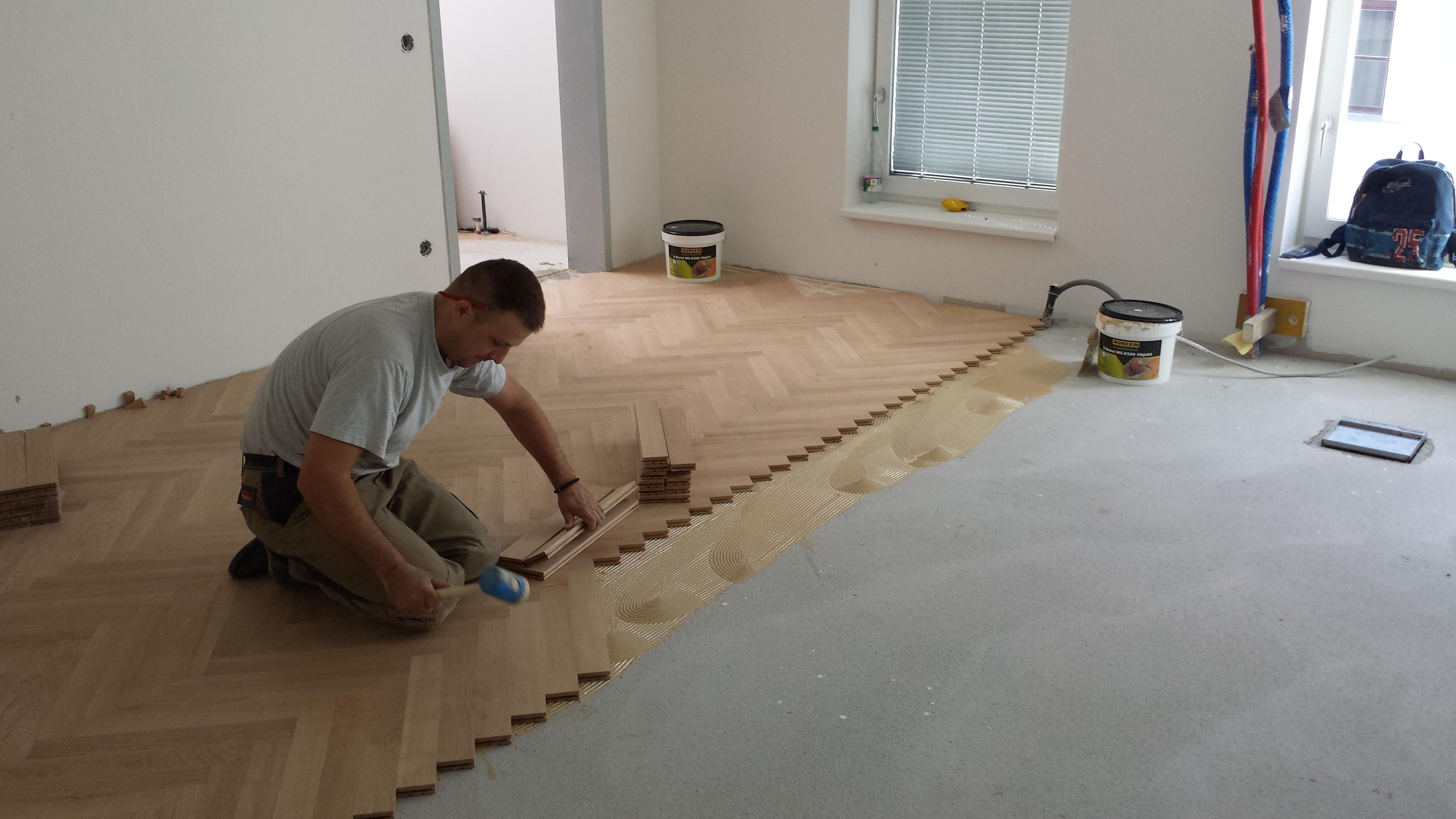 parkett verlegen kann man klickvinyl auf parkett verlegen. Black Bedroom Furniture Sets. Home Design Ideas